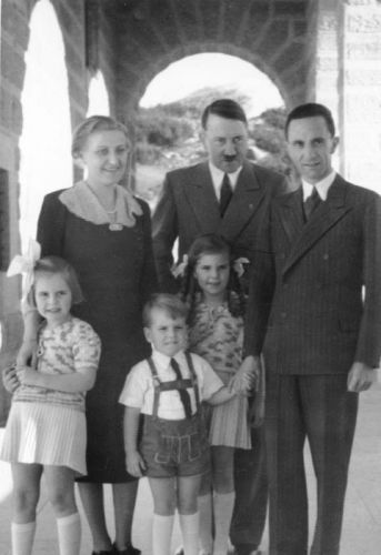 """Obersalzberg, the Goebbels family visit Adolf Hitler, """"Der Führer"""" is back in Obersalzberg. Doctor Goebbels and his wife, accompanied by their children Helga, Hilde and Helmut"""