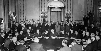 """View of the conference of the """"Big Five"""", or Conference of the Allied Control Council for Germany, at Lancaster House in London on September 10, 1945"""