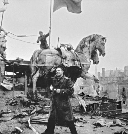 Jewgeni Chaldei in Berlin, Mai 1945