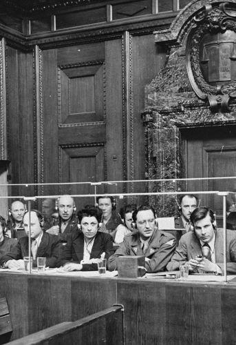 Procès de Nuremberg, le box des interprètes