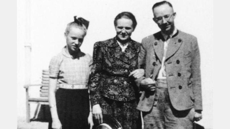 Margaret et Heinrich Himmler avec leur fille Gudrun Bundesarchiv, Bild 146-1969-056-55 / CC-BY-SA 3.0