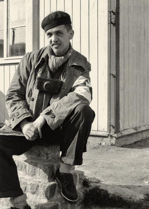 Francois Boix starb 1951 im Alter von 30 Jahren an Niereninsuffizienz, an der er seit seiner Kindheit litt. 2017 wurden seine sterblichen Überreste auf den FriedhofPère Lachaise umgebettet. An der feierlichen Zeremonie der Umbettung nahm die Pariser Bürgermeisterin Anne Hidalgo, die aus Spanien stammt, teil. Foto: Francois Boix nach dem Krieg