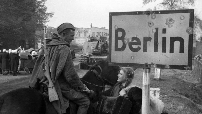 Sowjetischer Soldat in Berlin