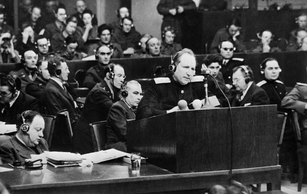 Нюрнбергский процесс. Выступает главный обвинитель от СССР Роман Андреевич Руденко