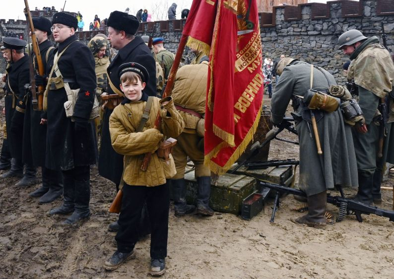 Participants of the Rostov-on-Don battle reenactment