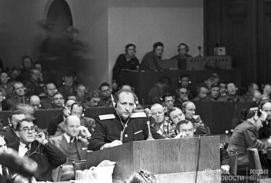 Главный обвинитель от СССР Роман Руденко на Нюрнбергском трибунале. 8 февраля 1946 г.