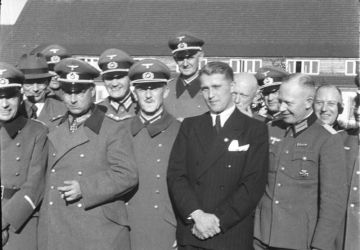 Wernher von Braun, Walter Dornberger, Friedrich Olbricht, Heinz Brandt in Peenemünde on 21 March 1941