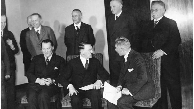 Adolf Hitler's Cabinet
