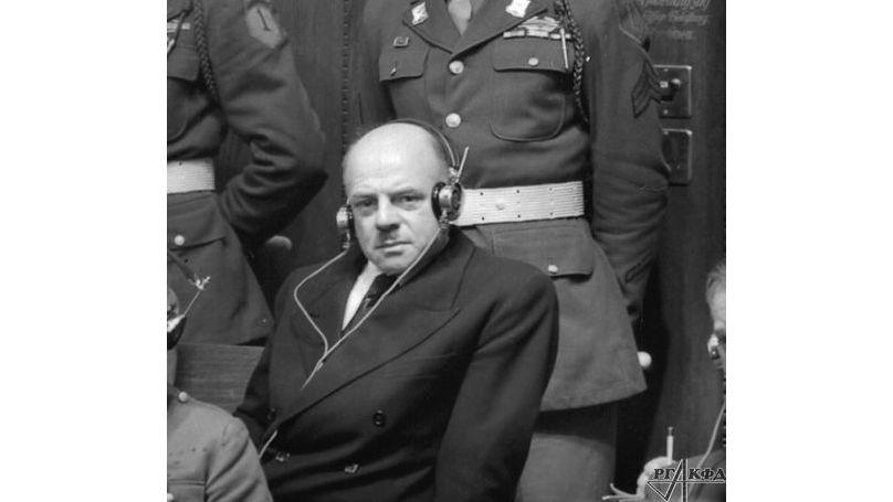 L'accusé Fritz Sauckel au procès de Nuremberg. Archives d'État russes des documents cinématographiques et photographiques, numéro d'archives A-9238.