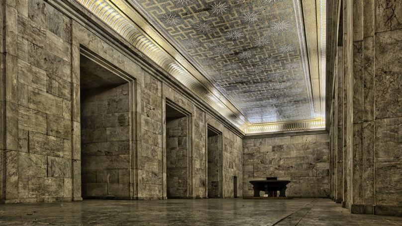 La salle dorée de la tribune Zeppelin à Nuremberg