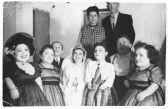 Семья Овиц - музыкантов из Румынии, выживших в лагере Освенцим, где над ними проводил эксперименты доктор Менгеле. Фотография сделана в 1950-е гг.