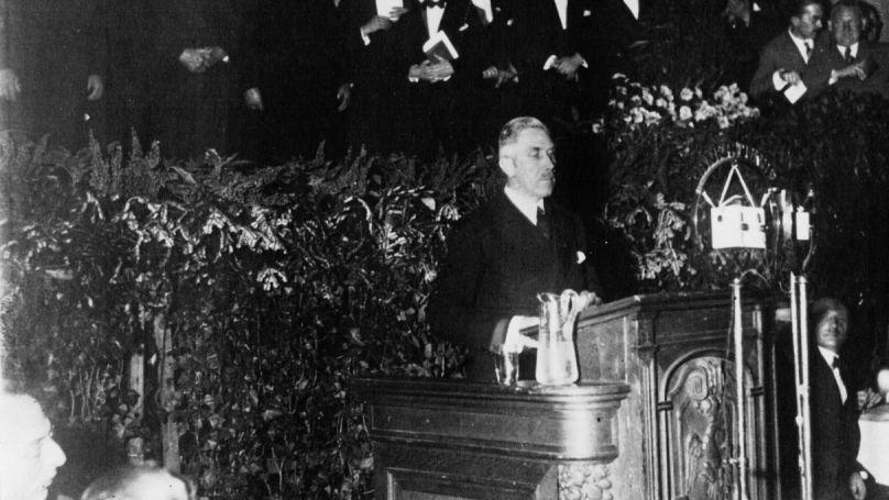 Franz von Papen lors d'un discours, 1932
