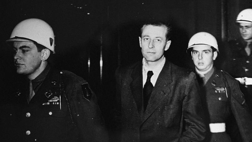 L'accusé Hans Fritzsche accompagné par des militaires américains lors du procès de Nuremberg // 1946. Harry S. Truman Library, Source Record ID: 72-931