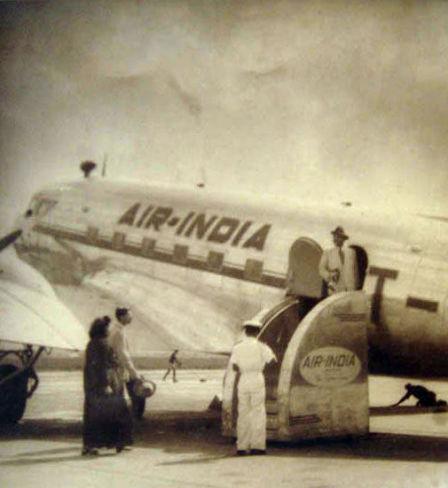 Un des premiers avions de la compagnie aérienne Air India