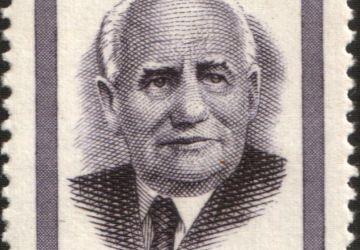 Timbre postal soviétique à l'effigie de Wilhelm Pieck