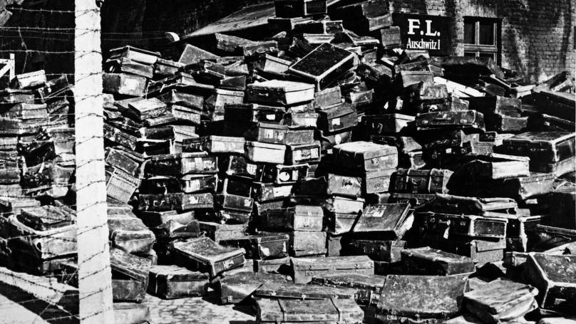 Des valises d'anciens prisonniers du camp de concentration et d'extermination d'Auschwitz