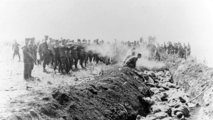 Mass shooting of civilians on USSR territory by Einsatzgruppen