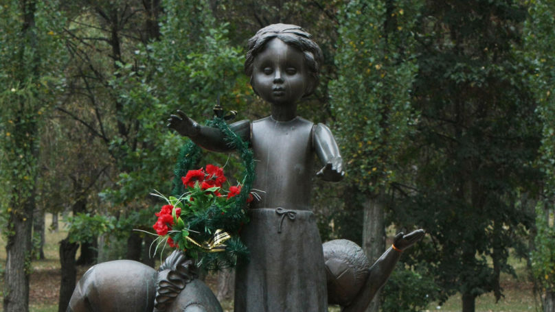 Monument aux enfants exécutés, Babi Yar.