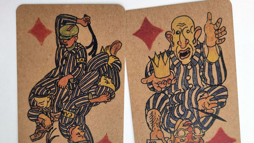 The most striking thing about pictures on the cards is the dark humor seen in the details: tragic, humiliating scenes of life in the concentration camp