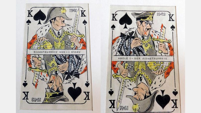 Dans son jeu de cartes, Ivan Kharkevitch a ajouté des textes aux dessins: des légendes et des phrases entières cryptées au dos que comprendrait tout Allemand capturé
